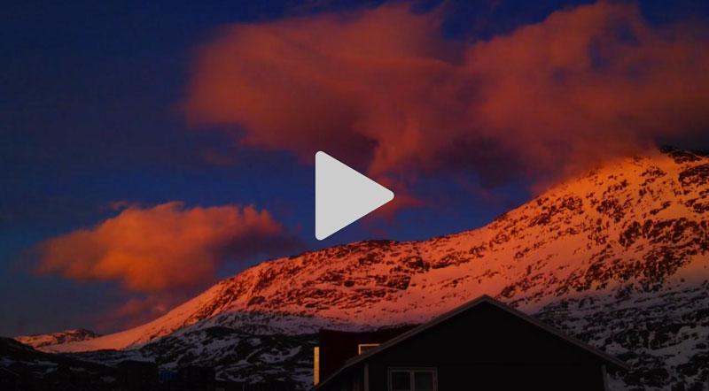 Røde skyer over Store Malene