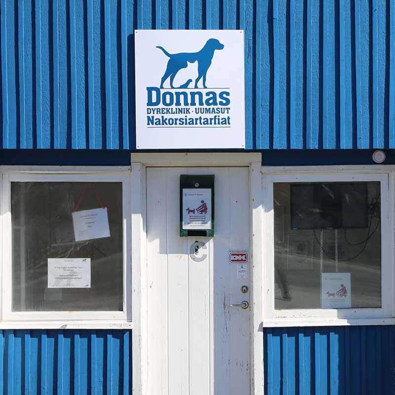 Donnas Dyreklinik logo design
